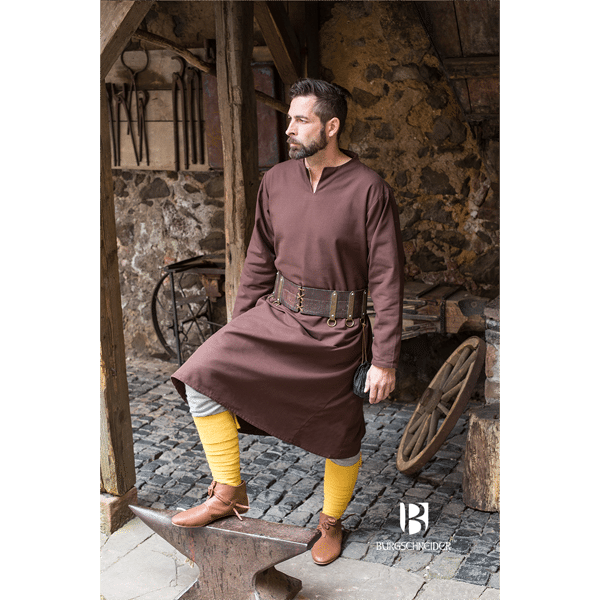 Medieval Tunic Ekwin Brown 1