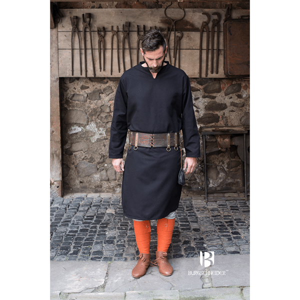 Medieval Tunic Ekwin Black 2