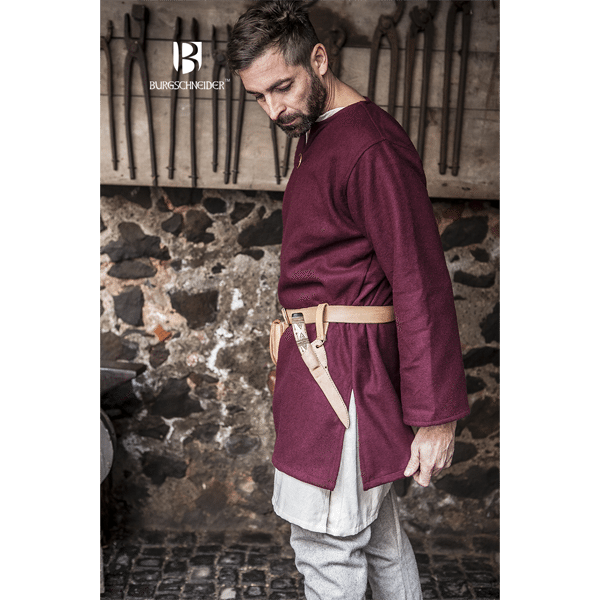 Medieval Wool Tunic Lodin Red 3