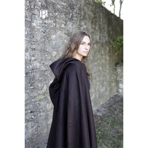 ooded Cloak Hibernus Brown 2