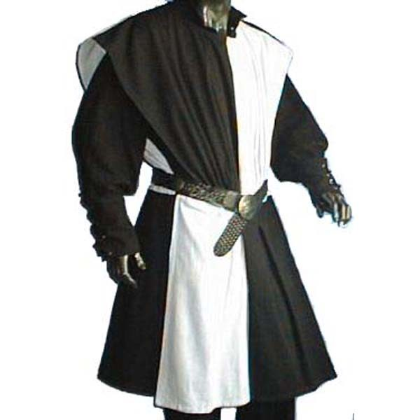 Checkerboard Pattern Surcoat BLACK AND WHITE