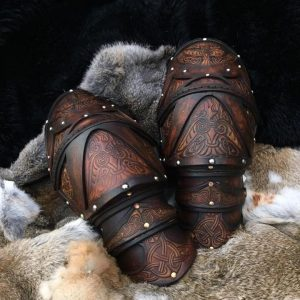 The Shield Maiden Clan Chief BUILT Leather Shoulders