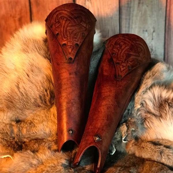 Bjorn LARP Leather Greaves