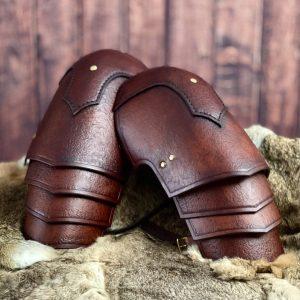 Norgir Leather Shoulders
